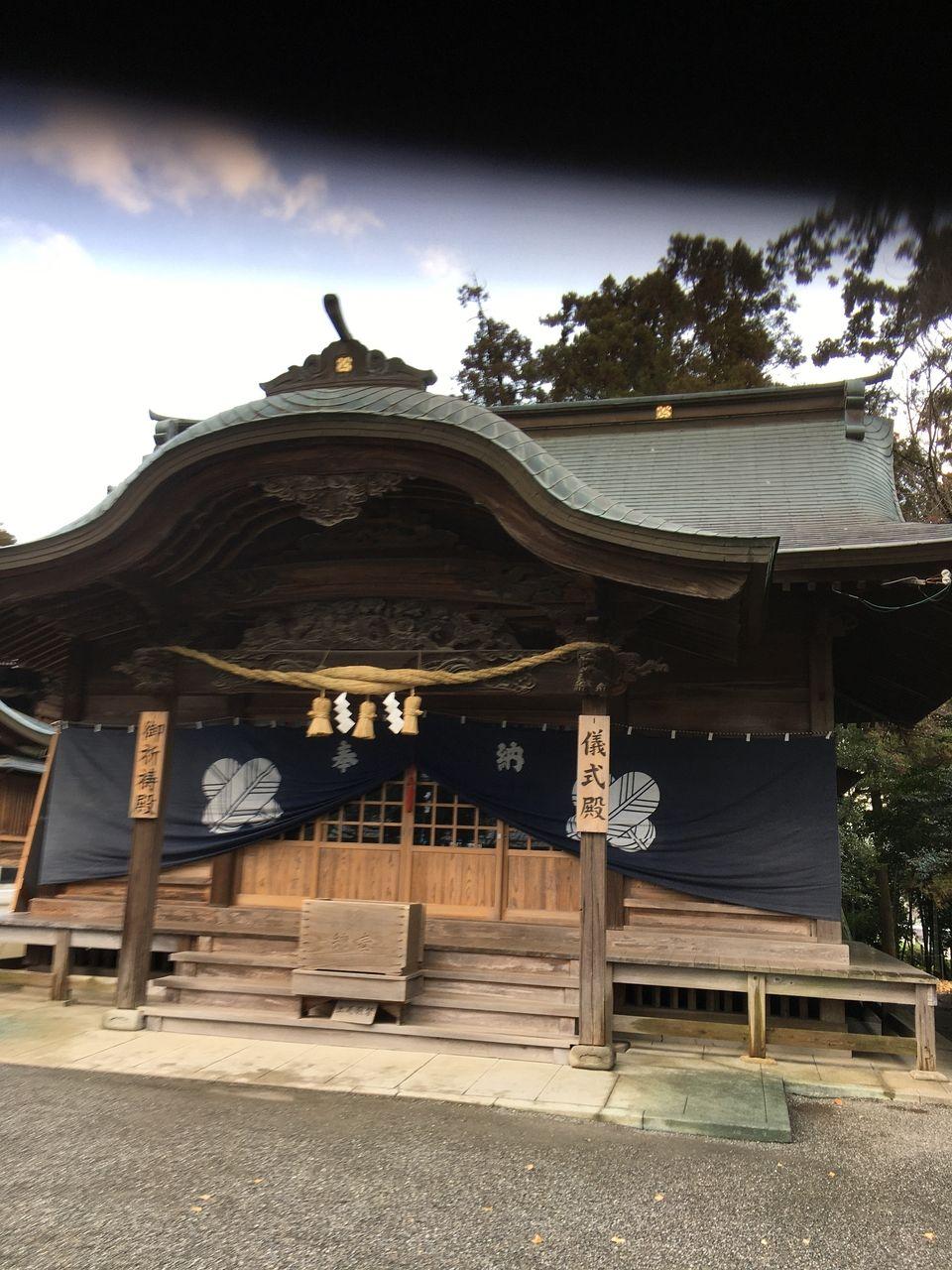 初詣の参拝者を迎える準備の進む健軍神社儀式殿