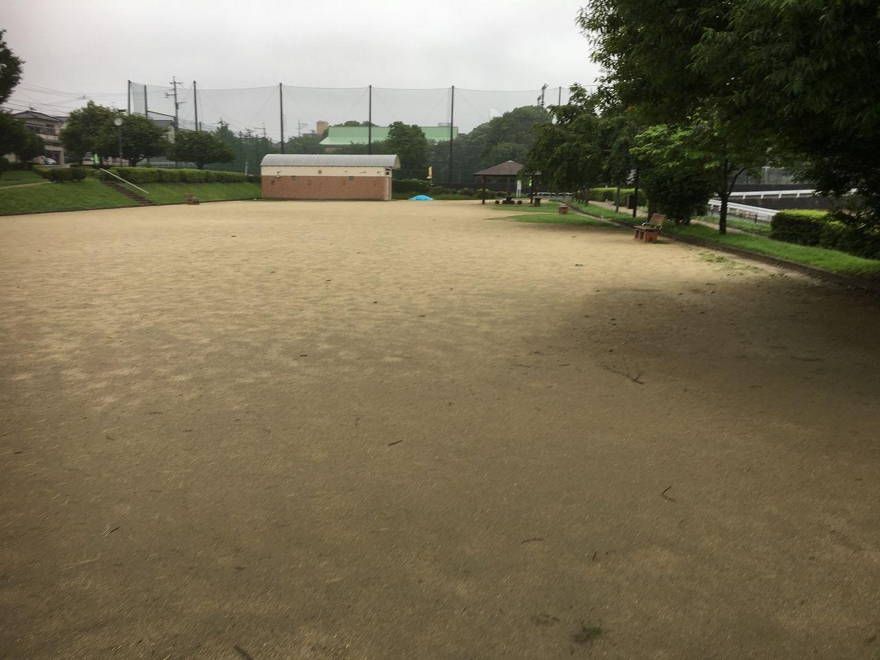 広いグランドゴルフ場