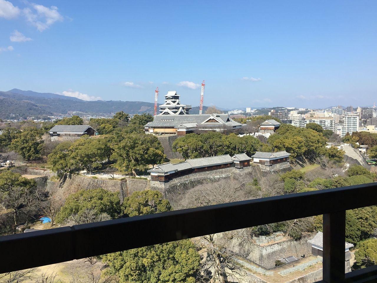 多くの傷跡残る熊本城
