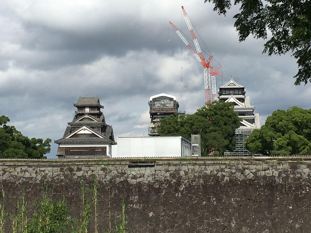 大小天守閣と並び立つ宇土櫓