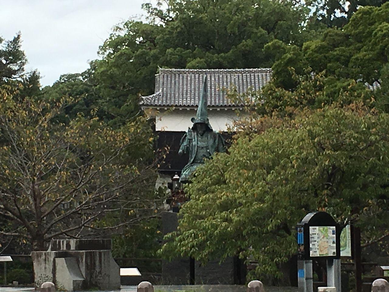 熊本城上り口に鎮座する清正公さん