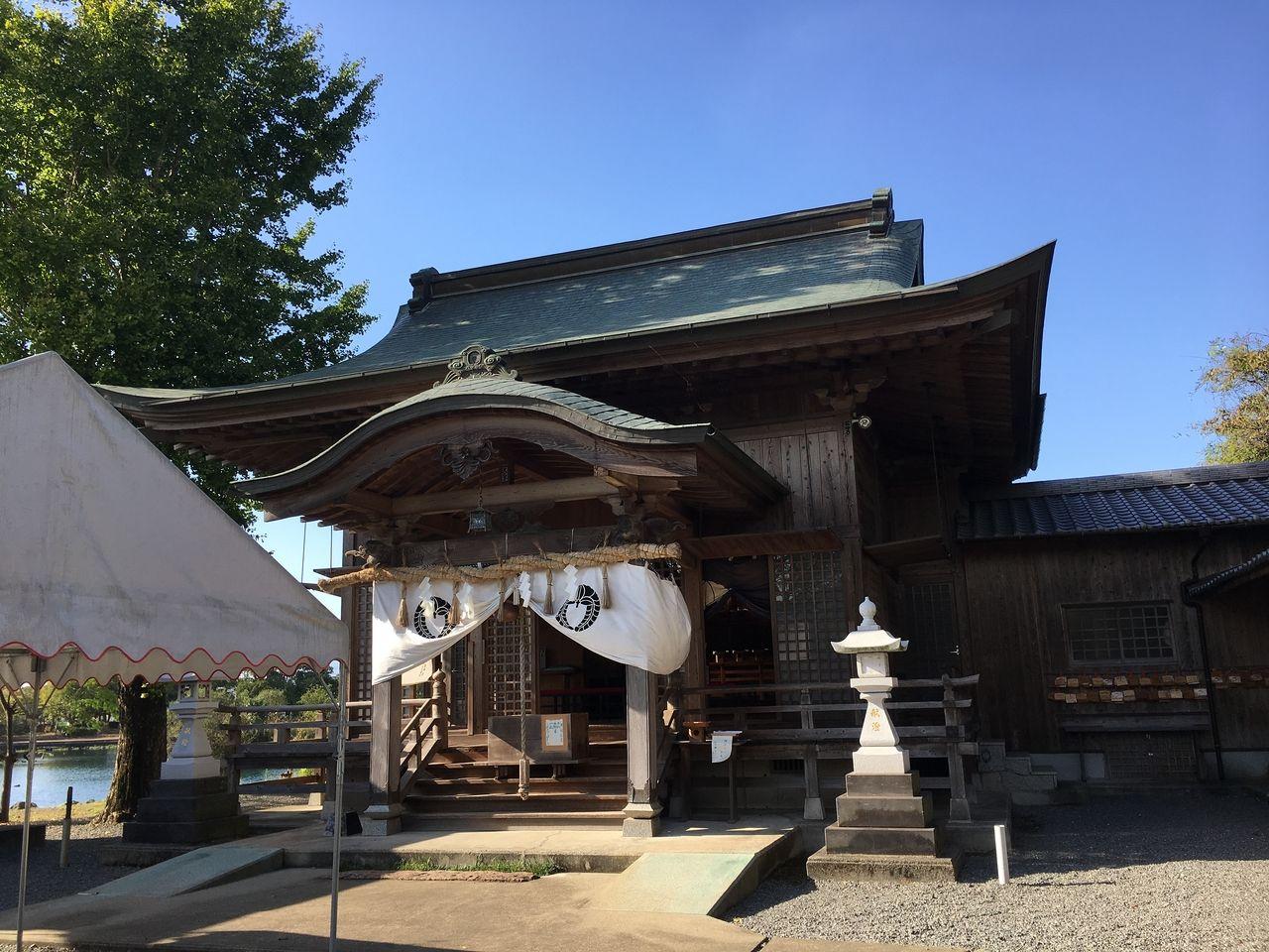 浮島熊野座神社本殿