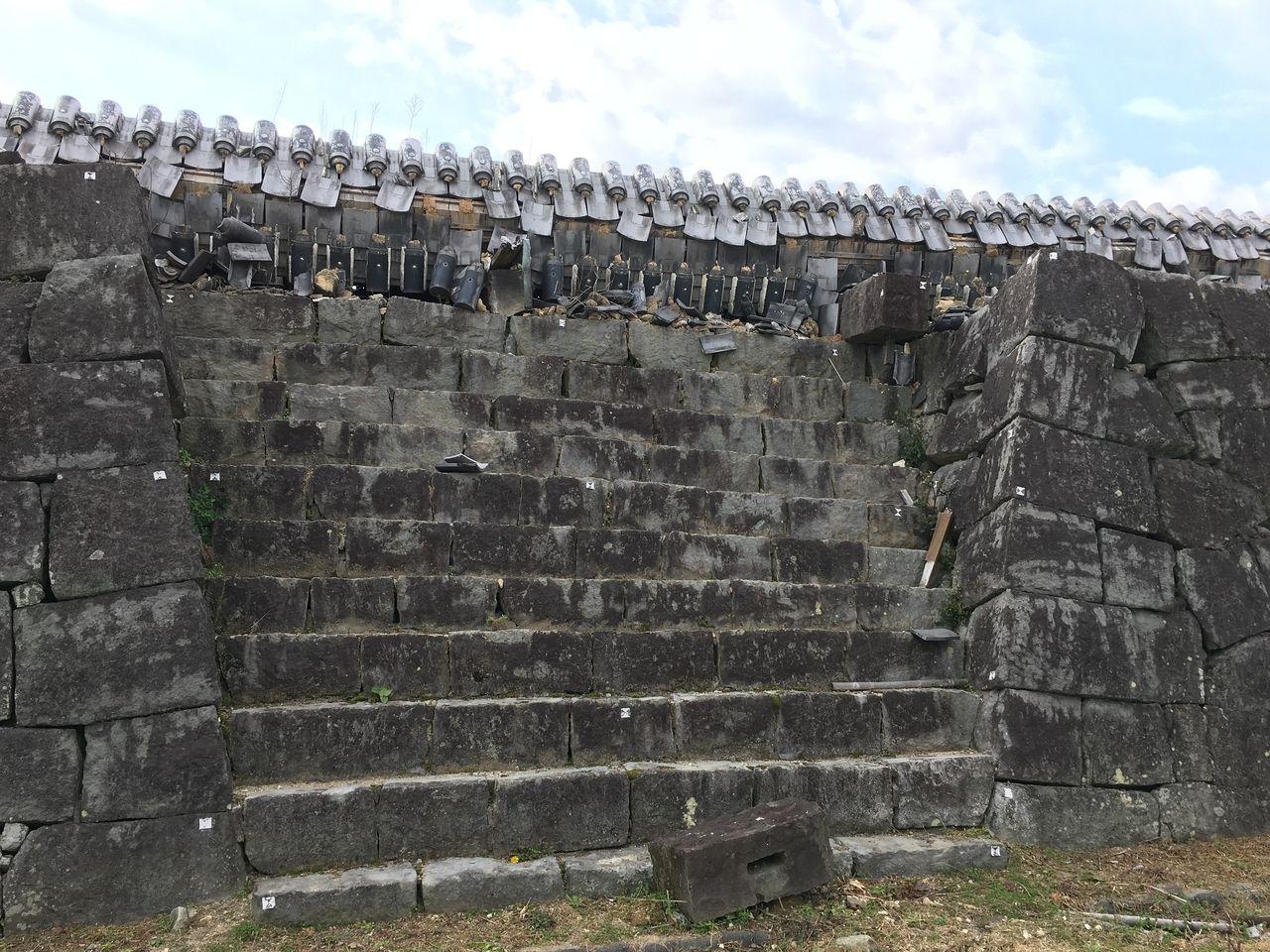 西大手門の北側の長塀
